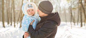 bebelus imbracat gros pentru iarna