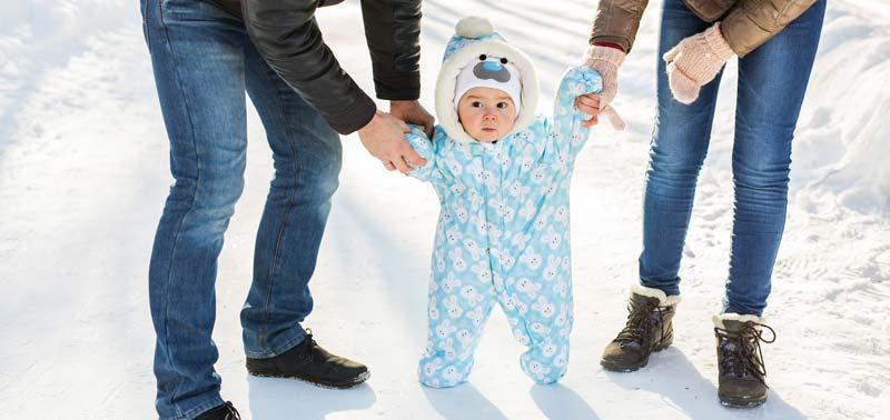 cat timp poti tine bebelusul afara iarna